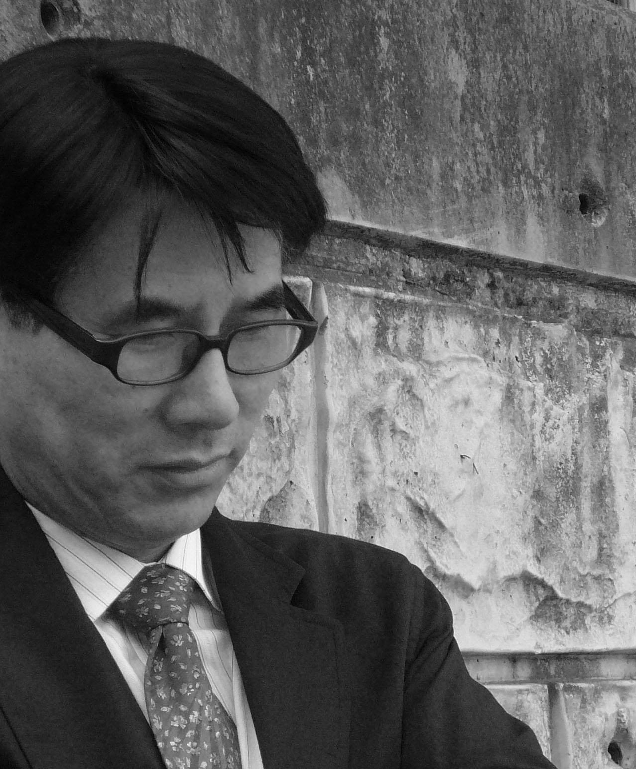 김홍기 교수 증명사진