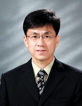 유태훈 교수 증명사진