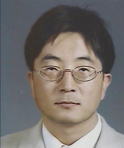 이강희 교수 증명사진