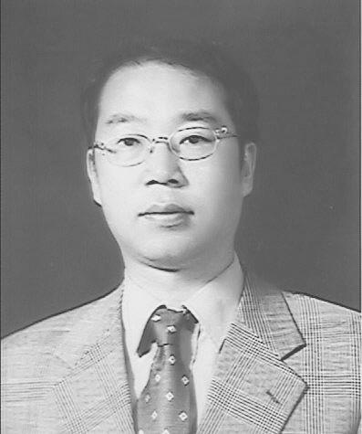 김학성 교수 증명사진