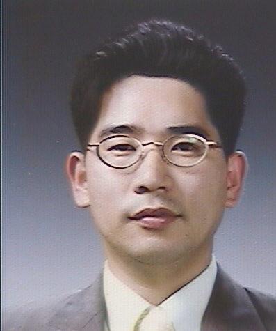 변성광 교수 증명사진