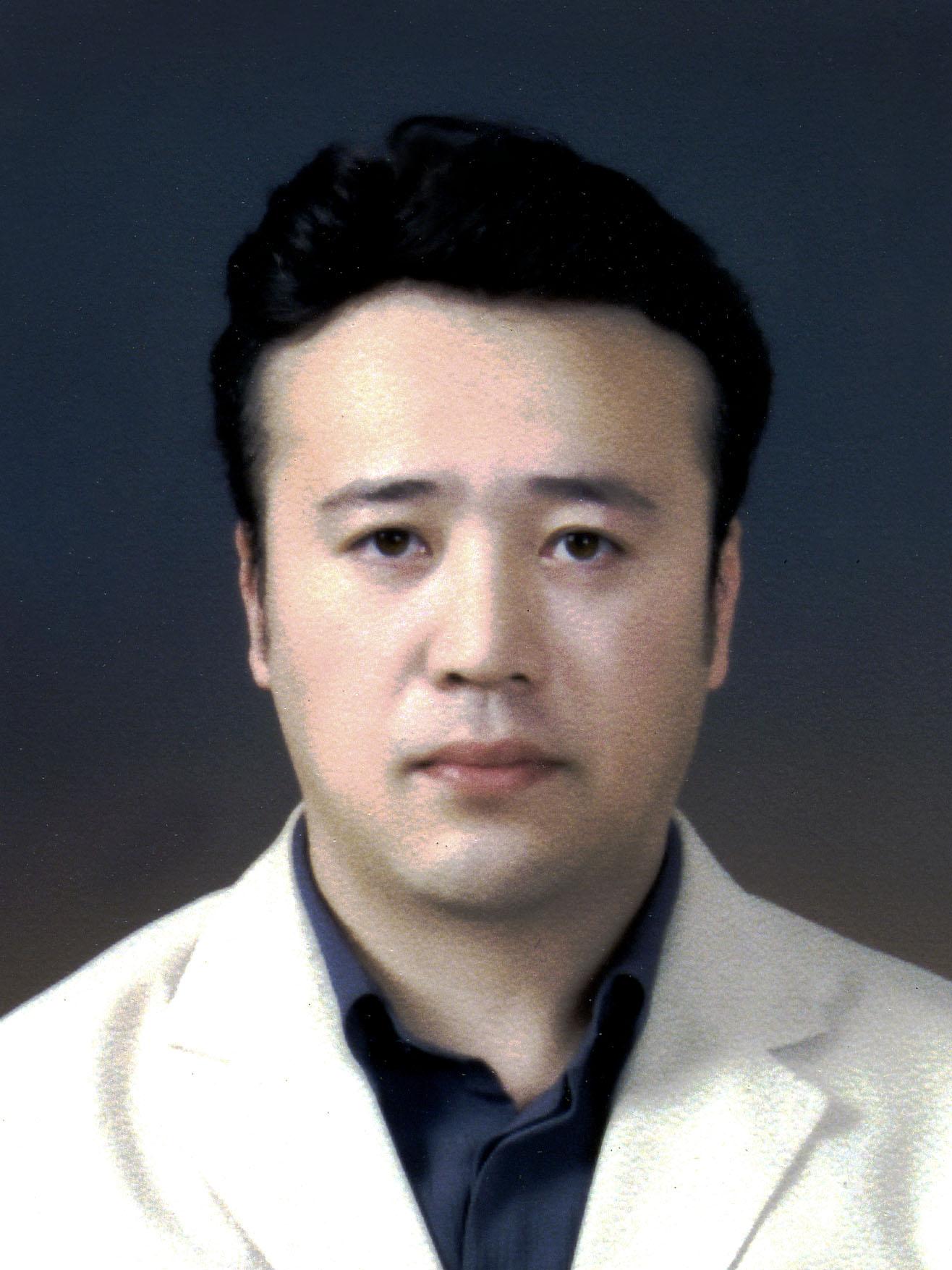 박영태 교수 증명사진