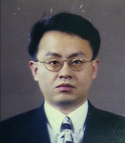 양승필 교수 증명사진