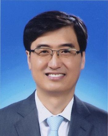 김인선 교수 증명사진