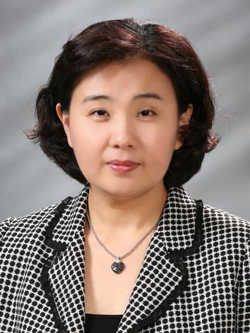 김경숙 교수 증명사진