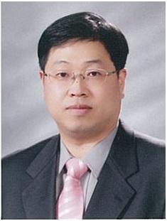 김장욱 교수 증명사진