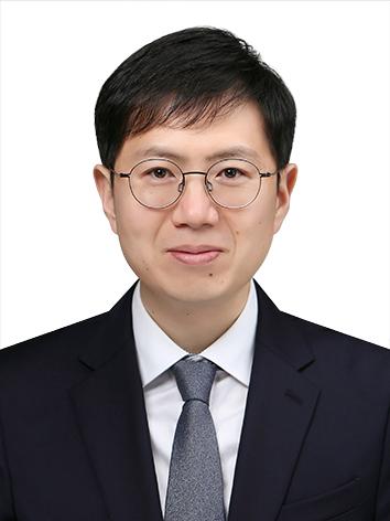 송치훈 교수 증명사진