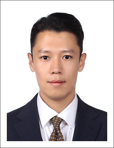 박종욱 교수 증명사진
