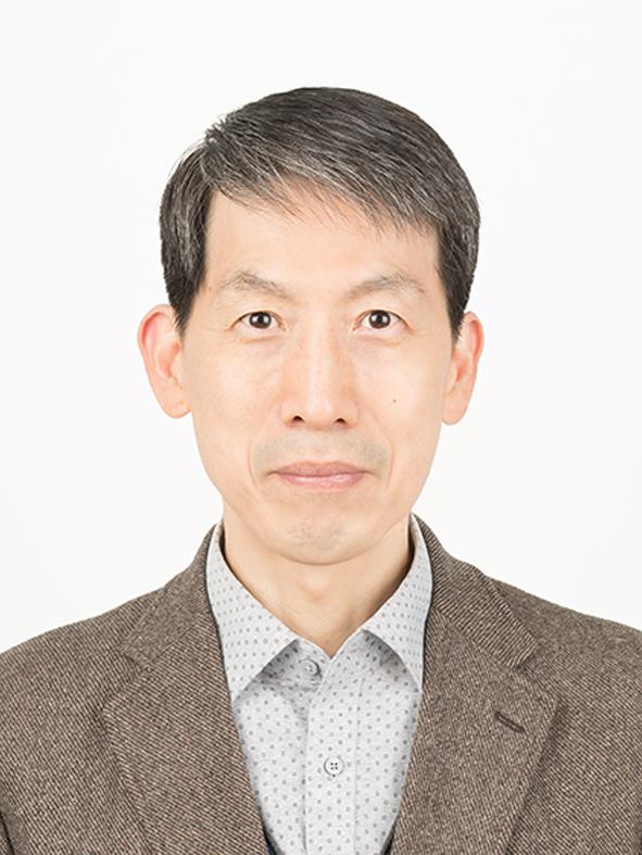 김동준 교수 증명사진