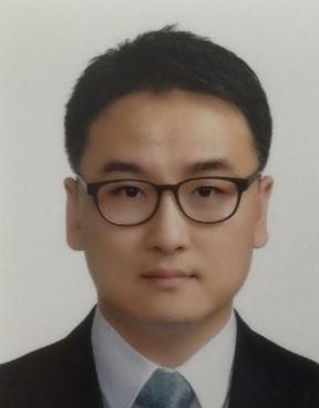 박광호 교수 증명사진
