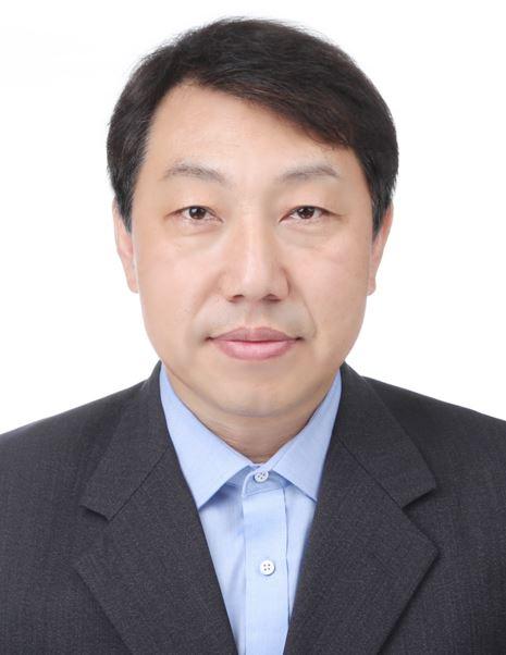 송동준 교수 증명사진