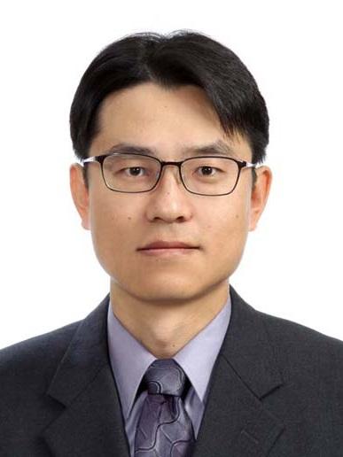 박동출 교수 증명사진