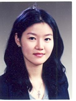 김옥연 교수 증명사진